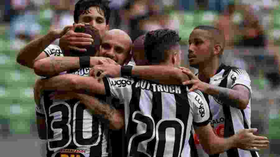 Atletas do Atlético-MG comemoram gol contra o Tupynambas - Fernando Moreno/AGIF