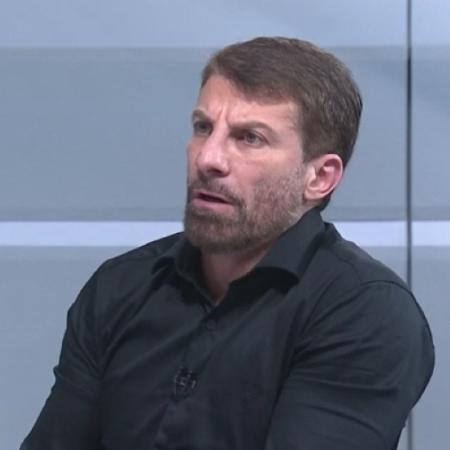 Pedrinho, ex-Vasco e Palmeiras, na função de comentarista - Reprodução/SporTV