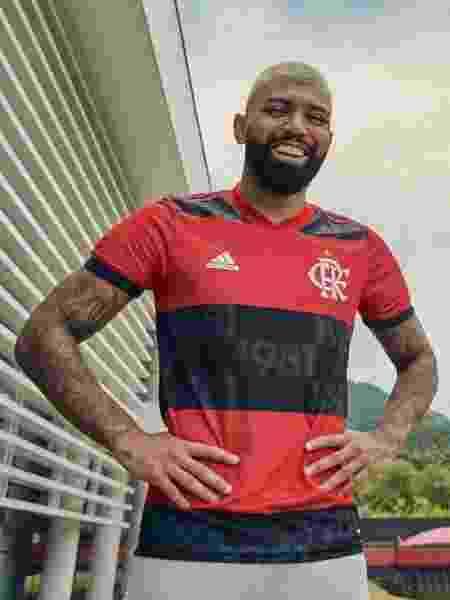 Gabigol com nova camisa do Flamengo  - Divulgação/CR Flamengo - Divulgação/CR Flamengo