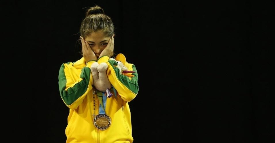 Valeria Kumizaki conquistou medalha de ouro na categoria até 55kg do caratê no Pan de Toronto