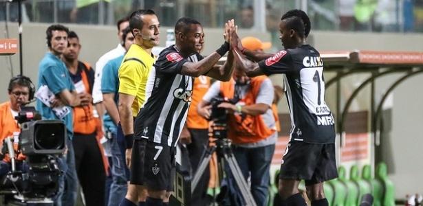 Santos quer Robinho e Cazares do Galo (foto) e Marcos Guilherme, do Atlético-PR