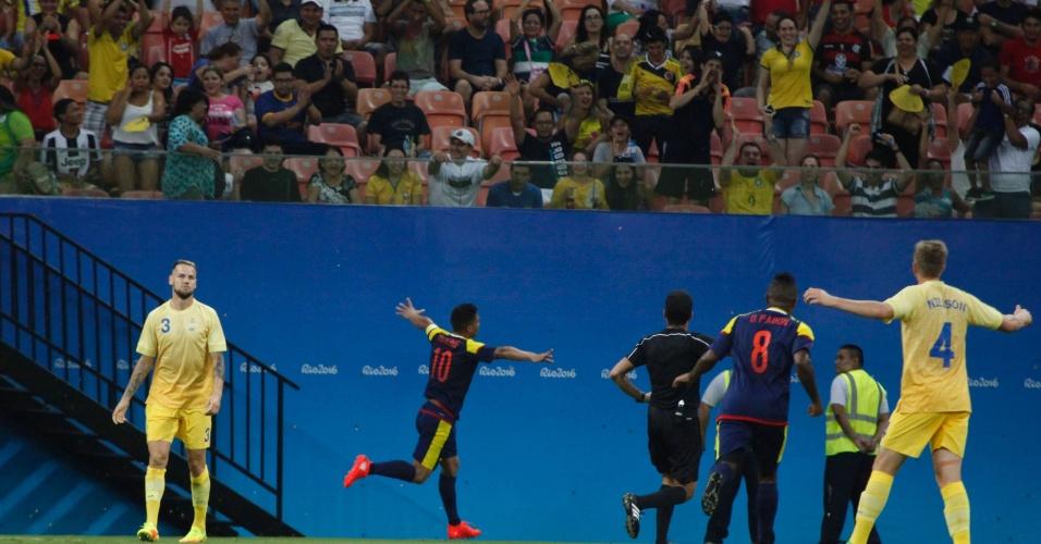 Téo Gutierrez comemora gol na estreia da seleção colombiana pela Olimpíada