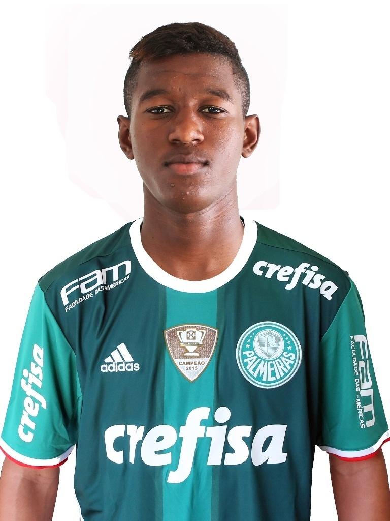 Vitor Eduardo, zagueiro sub-17 do Palmeiras