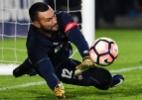 Com time principal, Atlético-PR pega Paraná para evitar eliminação precoce - AFP PHOTO / Luis Acosta