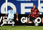 Com pênalti claro não marcado, Avaí empata sem gols com o Vitória em casa - EDUARDO VALENTE/FRAMEPHOTO/FRAMEPHOTO/ESTADÃO CONTEÚDO