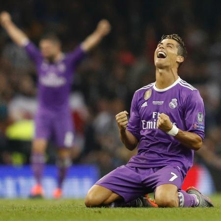 Cristiano Ronaldo comemora vitória sobre a Juventus, no sábado - Darren Staples/Reuters