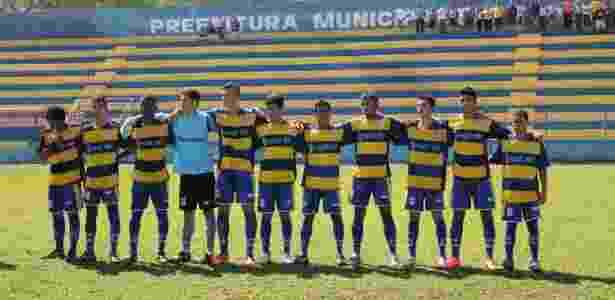 Paulinia FC perfilado - Paulínia FC/Divulgação - Paulínia FC/Divulgação