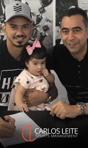 Rodrigo Lindoso assina renovação de contrato com o Botafogo