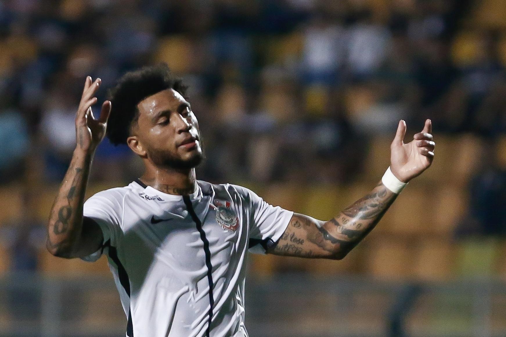 Kazim lamenta chance perdida pelo Corinthians contra a Ponte Preta