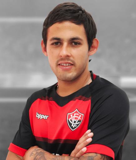 Marcelo Meli, volante do Vitória