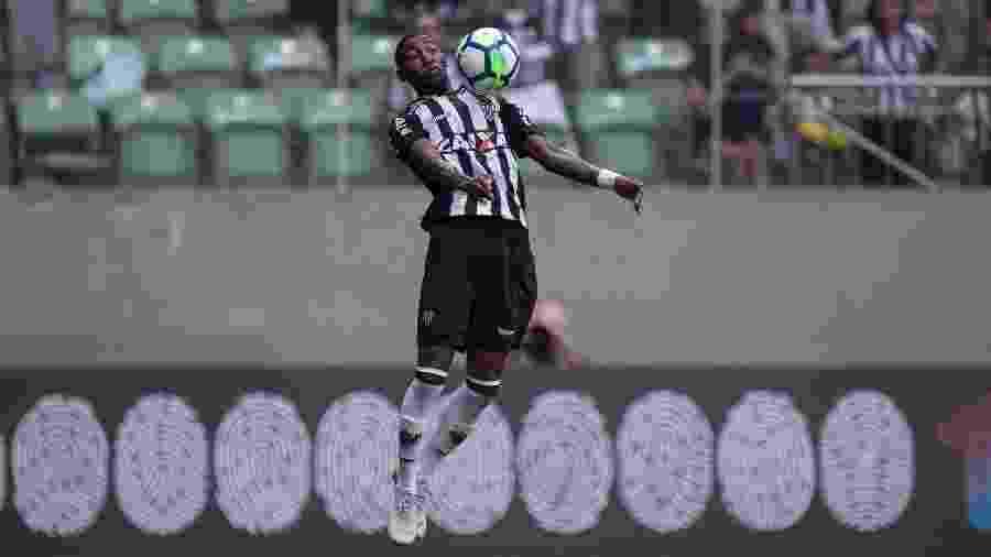 Lateral direito Emerson foi a venda mais elevada do Atlético-MG na temporada - Pedro Vale/AGIF