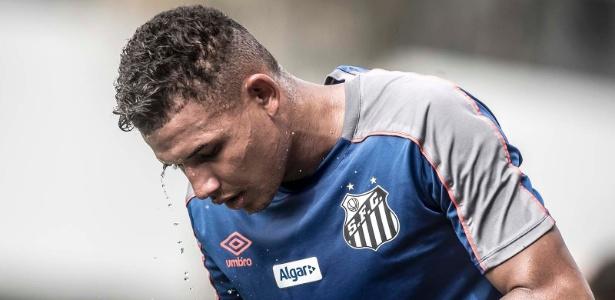 Felippe Cardoso em ação durante treino do Santos - Ivan Storti/Santos FC