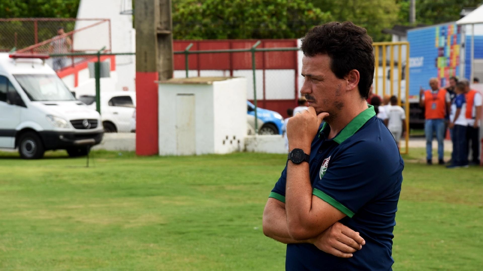 Técnico do Fluminense, Fernando Diniz, em partida contra o Resende