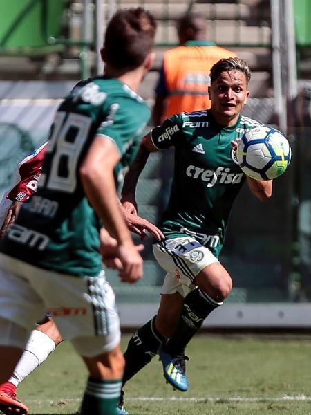 Artur em ação pelo Palmeiras contra o Paraná - Ale Cabral/AGIF