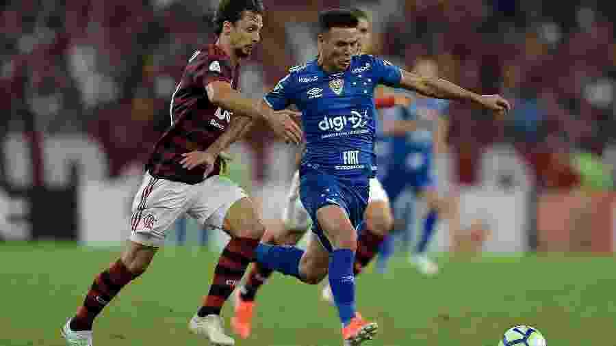 Na abertura do Brasileirão, o Flamengo levou a melhor e venceu o Cruzeiro por 3 a 1 no Maracanã - Thiago Ribeiro/AGIF