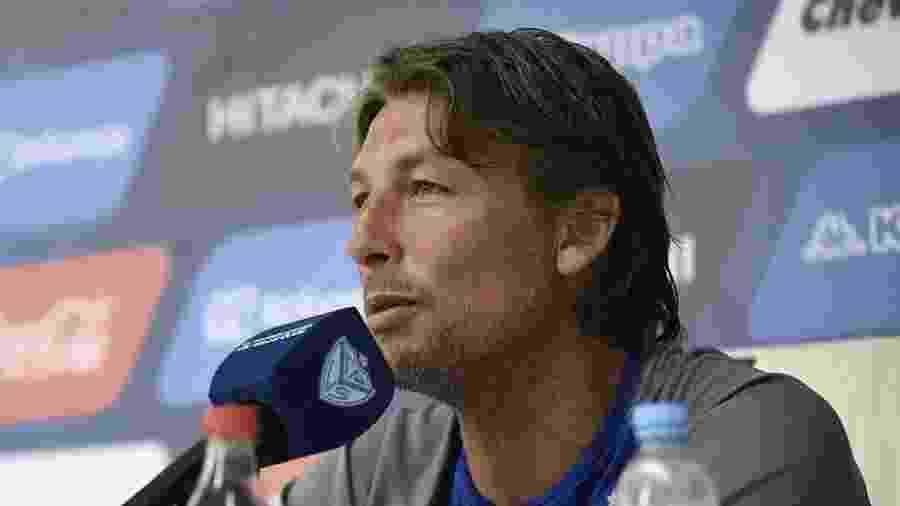 Gabriel Heinze era técnico do Vélez Sarsfield e agora está desempregado - Divulgação