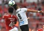 Sem gols, Uribe vai de solução a fracasso em um ano no Santos