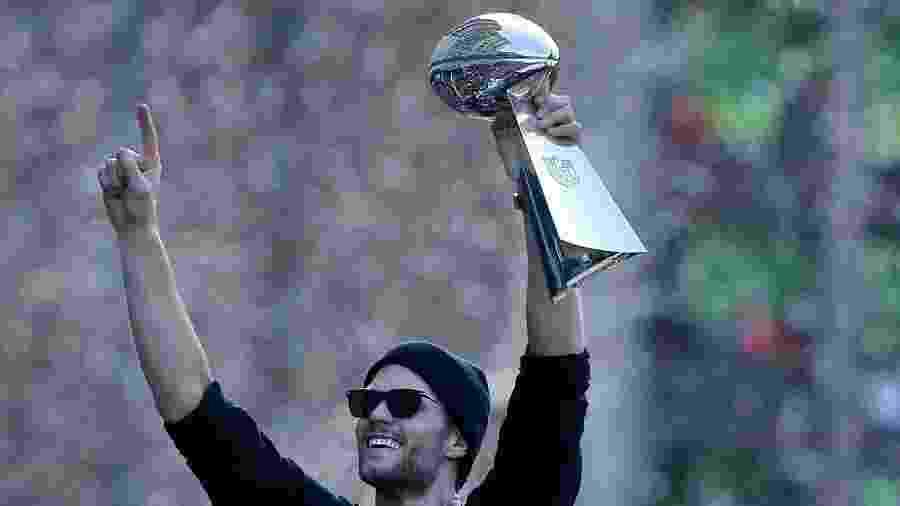 Tom Brady comemorando seu sexto título do Super Bowl em 2019 com o New England Patriots - Boston Herald vi/MediaNews Group via Getty Images