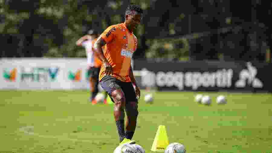 Juan Cazares, meia-atacante do Atlético-MG, segue fora dos planos de Sampaoli na Cidade do Galo - Pedro Souza / Atlético-MG / Divulgação