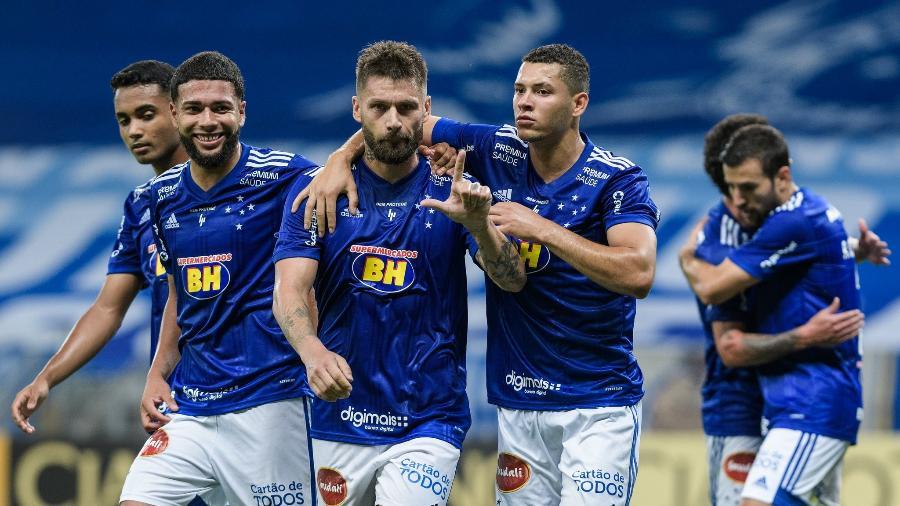 Rafael Sóbis é o grande nome do Cruzeiro desde que voltou, mas estará suspenso contra a Ponte Preta - Gustavo Aleixo/Cruzeiro