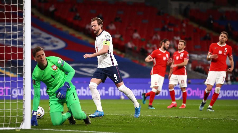 Harry Kane converte pênalti em Inglaterra x Polônia, jogo das Eliminatórias Europeias - Michael Steele - The FA/The FA via Getty Images