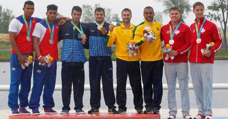 Hans Heinrich Mallmann e Edson Isaias da Silva conquistaram a medalha de bronze na prova de canoagem K2-200m