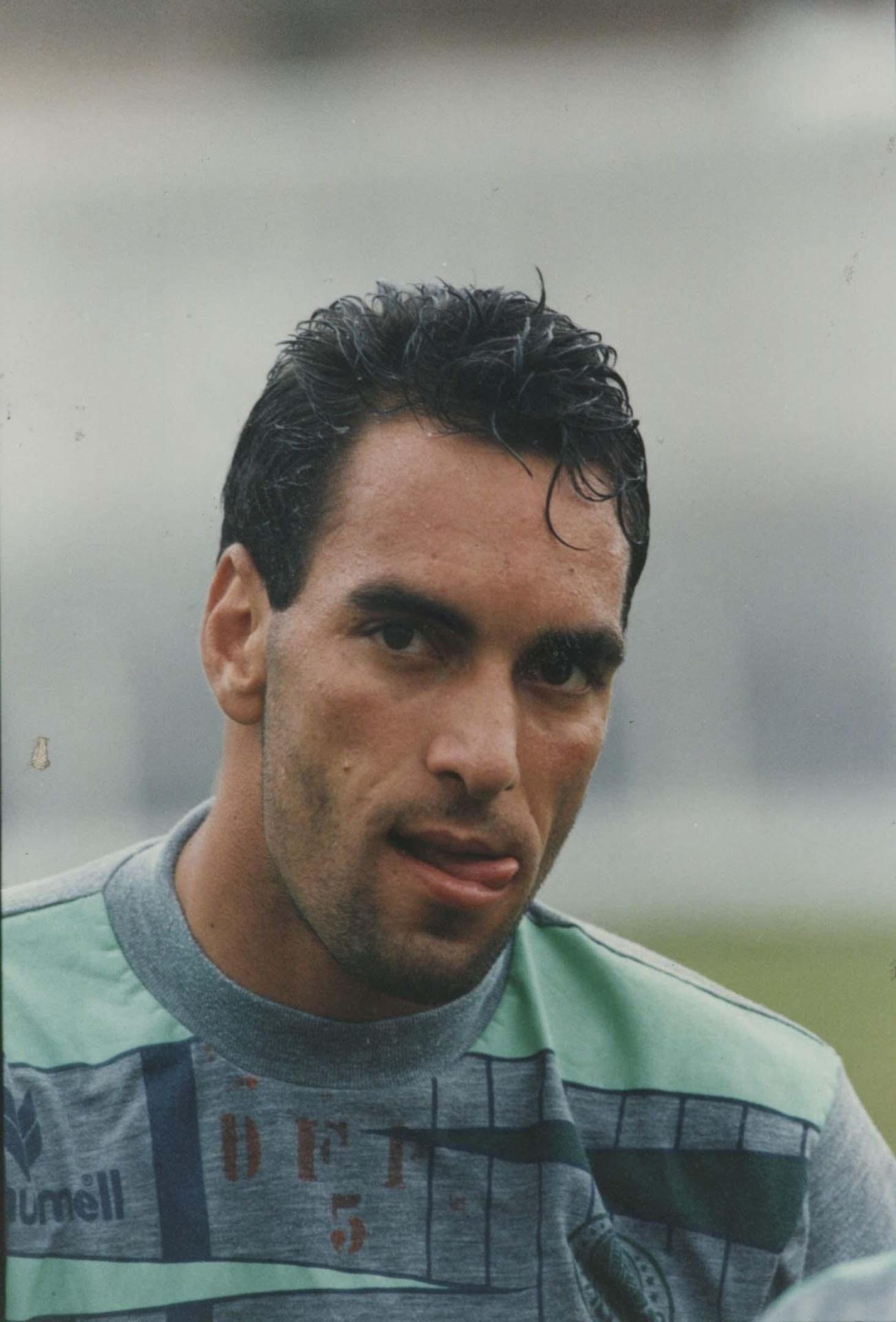 Edmundo durante treino do Palmeiras, em Atibaia, 1993
