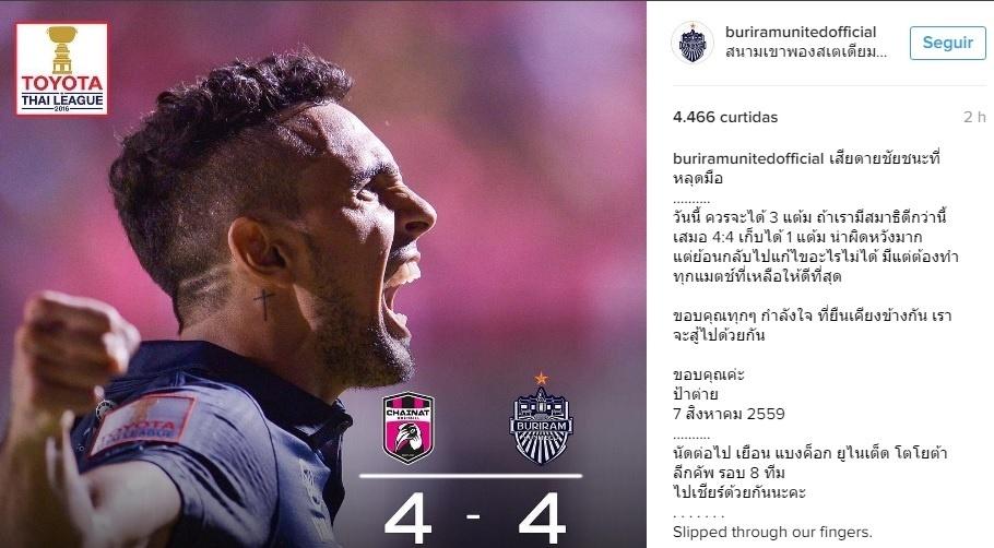 Diogo comemora um de seus gols contra o Chainat Hornbill