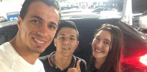 Selfie de Damião após salvar casal de desabamento em Porto Alegre
