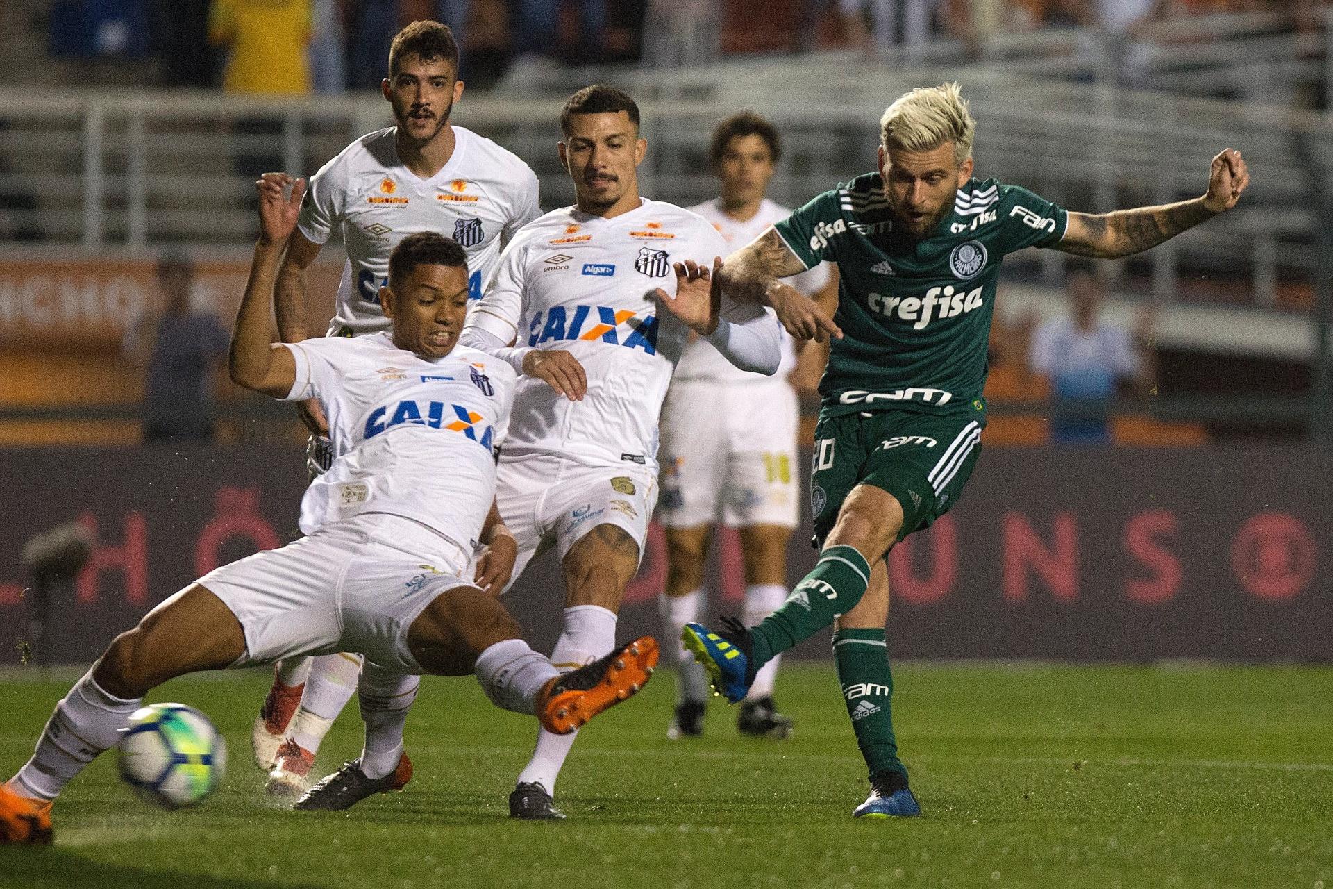 c2093a4890 Vitória sobre Santos no clássico garante Palmeiras na próxima Libertadores  - Esporte - BOL