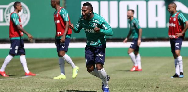 Borja comemora gol durante treino no Palmeiras - Cesar Greco/Ag. Palmeiras/Divulgação