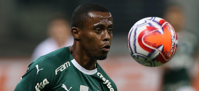 d2c06ae8cc414 Palmeiras repete roteiro com C. Eduardo e vê reforço milionário ...