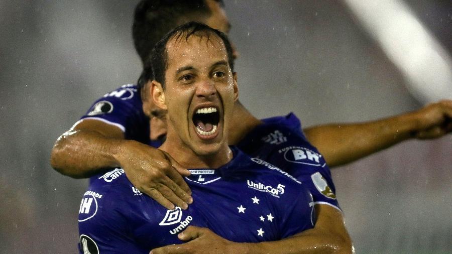 8f34e9231658a Cruzeiro é o segundo brasileiro a atingir marca de 300 gols na Libertadores