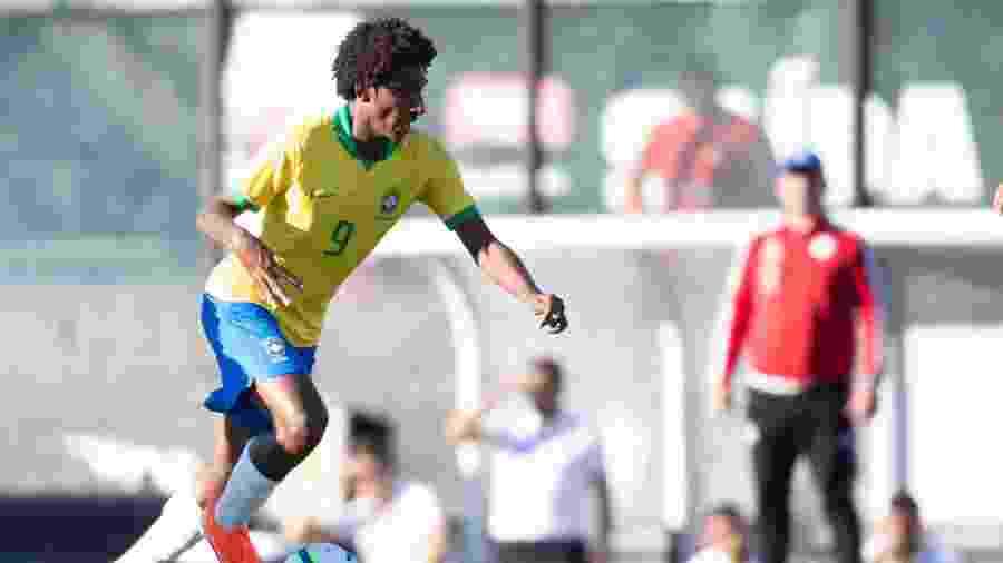 Talles Magno durante amistoso da seleção brasileira sub-17 contra o Paraguai em São Januário - Thais Magalhães/CBF