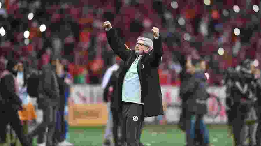 Odair Hellmann, técnico do Inter, vibra com atuação do time no Beira-Rio - Ricardo Duarte/Inter