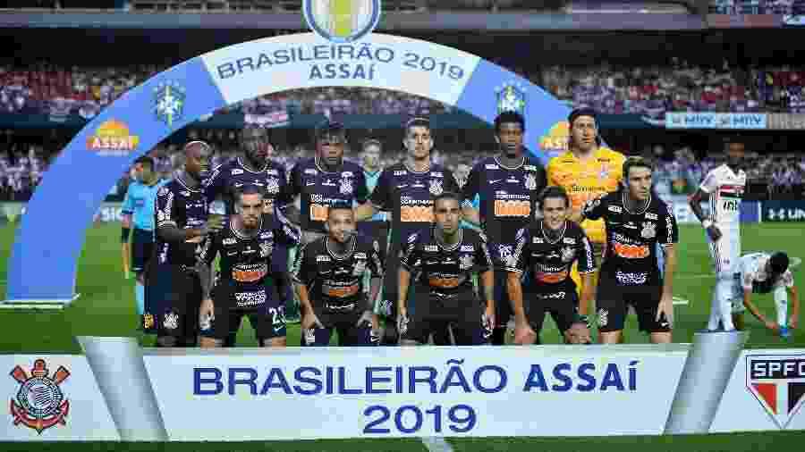 Time do Corinthians durante partida contra o São Paulo; Ralf foi desfalque por razões particulares - Bruno Ulivieri/AGIF
