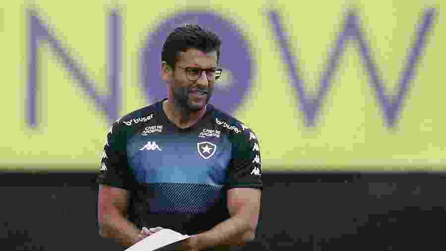 Alberto Valentim busca terceira vitória à frente do Botafogo  - Vítor Silva/Botafogo