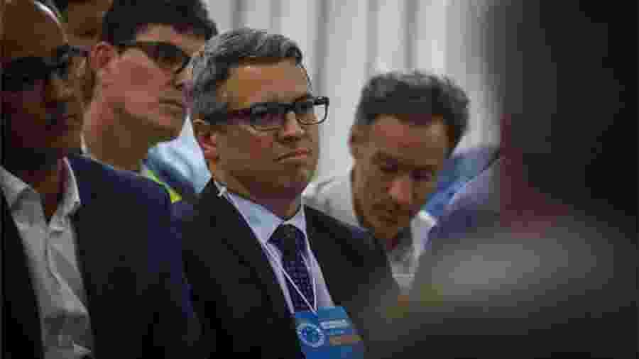 Fabiano Oliveira Costa, ao centro, é diretor jurídico do Cruzeiro - Vinnicius Silva/Cruzeiro/Divulgação