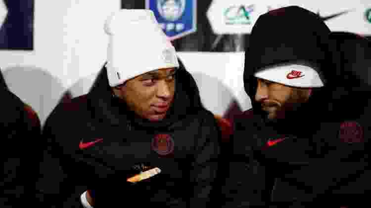 Mbappé e Neymar assistiram do banco de reservas a partida entre PSG e Lorient pela Copa da França - Stephane Mahe/Reuters