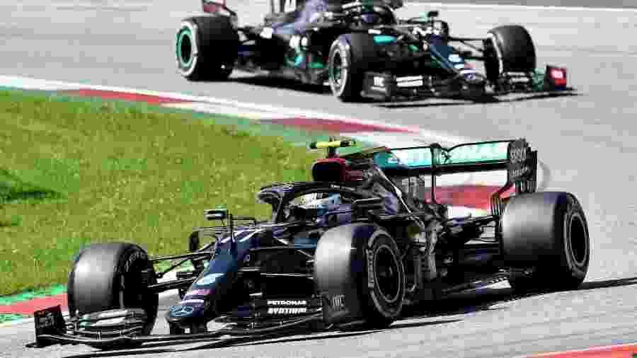 Dobradinha da Mercedes durante o GP da Áustria de Fórmula 1 - JOE KLAMAR/AFP