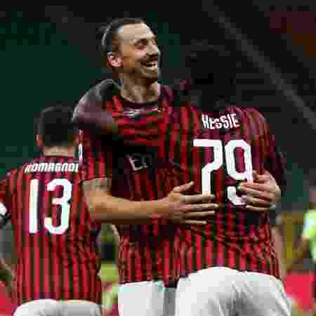 Zlatan Ibrahimovic, durante partida entre Milan e Juventus, pelo Campeonato Italiano - Marco Luzzani/Getty Images