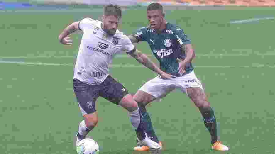 Lance do duelo entre Palmeiras e Ceará, na partida de ida da Copa do Brasil - Marcello Zambrana/AGIF