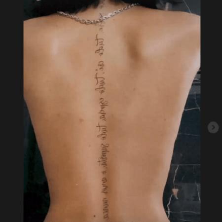 Dhiovanna Barbosa, irmã do atacante Gabigol, exibe tatuagem nas costas - Reprodução/Instagram