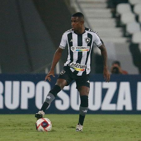 Marcelo Benevenuto, zagueiro do Botafogo, no clássico com o Flamengo - Vitor Silva/Botafogo