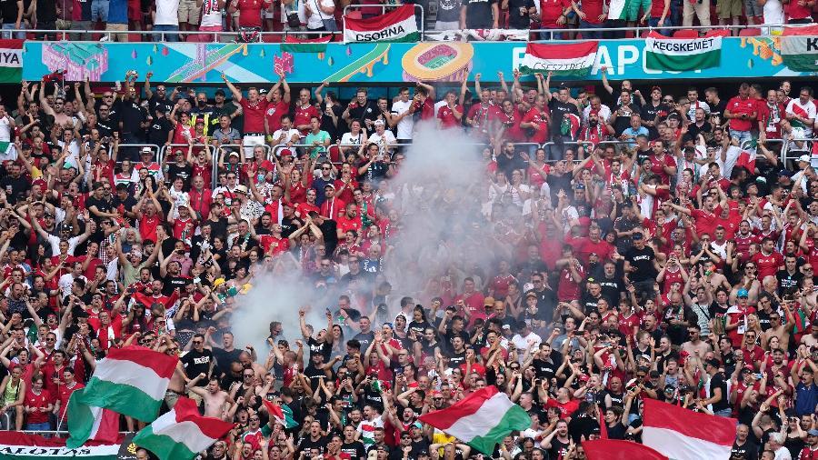 Estádio ficou lotado para receber a partida entre Hungria e França -  Darko Bandic - Pool/Getty Images