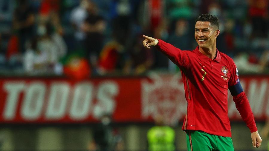 Cristiano Ronaldo marcou dois gols na vitória de Portugal contra a Irlanda, pelas Eliminatórias Europeias para a Copa de 2022 - Getty Images