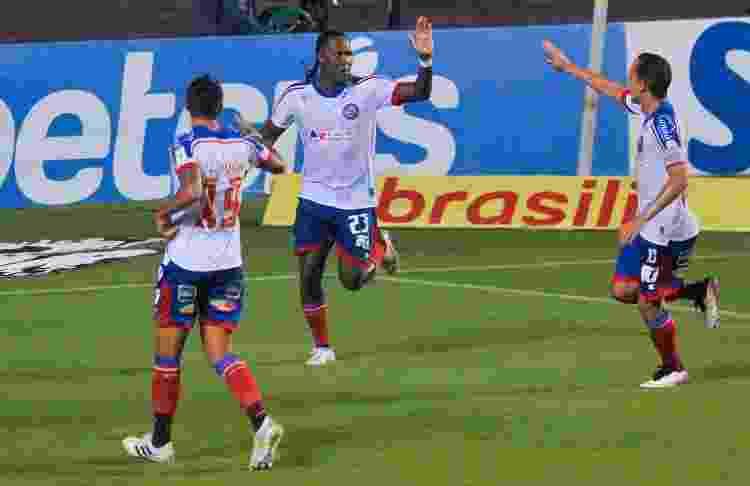 Rodallega comemora gol do Bahia contra o Fortaleza pelo Brasileirão - Jhony Pinho/AGIF - Jhony Pinho/AGIF