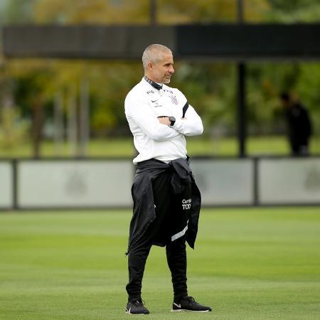 Sylvinho observa treino do Corinthians - Rodrigo Coca/Agência Corinthians