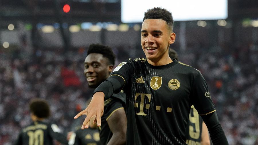 Bayern de Munique volta a campo pelo Alemão após goleada impiedosa de 7 a 0 sobre o Mochum - DeFodi Images/DeFodi Images via Getty Images