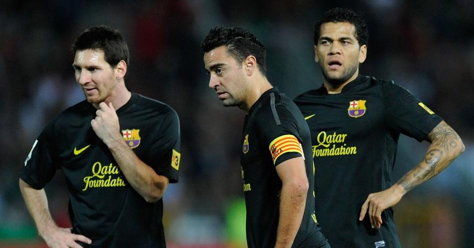 Daniel Alves tem contrato com o Barcelona até 2017, com opção de extensão por mais uma temporada